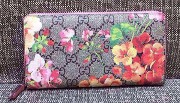 Gucci GG Blooms Supreme Canvas Chain Wallet 404071
