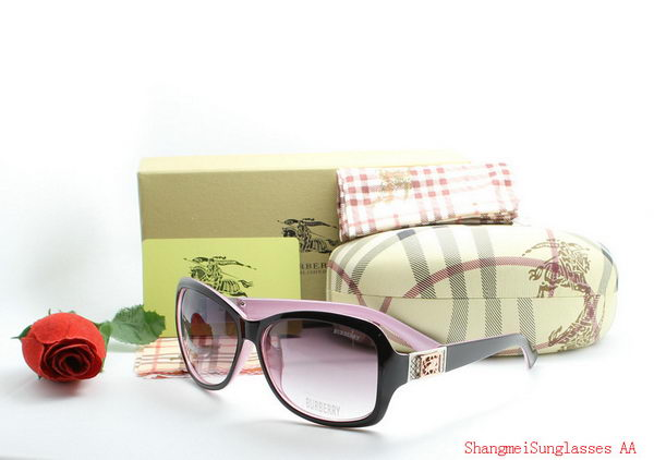 Burberry Sunglasses BU2212G