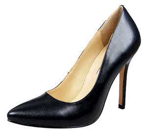 Manolo Blahnik Leather Pump