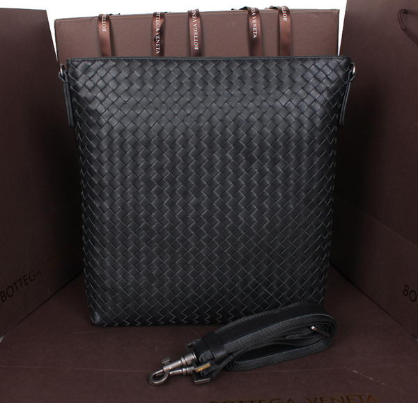 Bottega Veneta Cross Body Messenger Bag Calf Leather 5017 Black