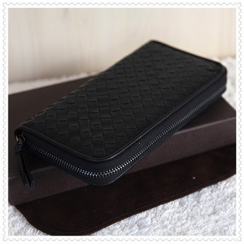Bottega Venetal Lambskin Leather wallet black