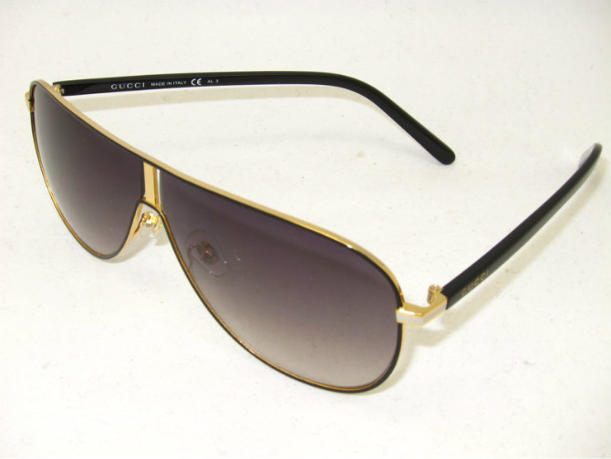 Gucci Sunglasses GGS249
