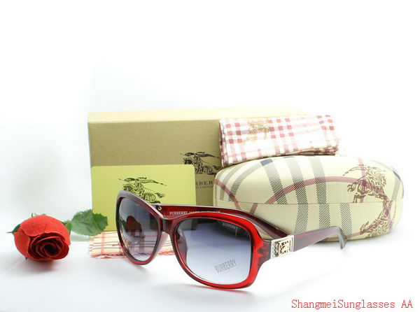 Burberry Sunglasses BU2212C