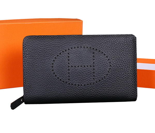 Hermes Evelyn Clutch in Grainy Leather H1013 Black