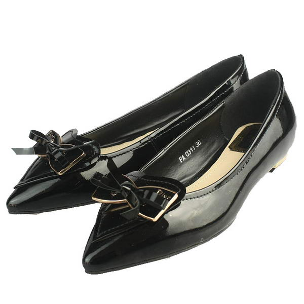 Chrisitan Dior Butterfly Point Toe Flats Patent Leather Black