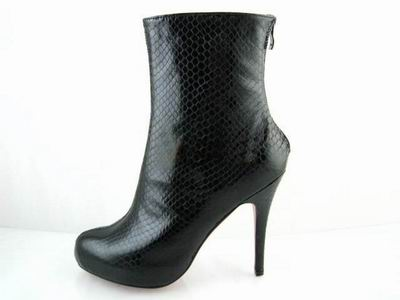 Christian Louboutin Arielle A Talon Ankle boots in Black