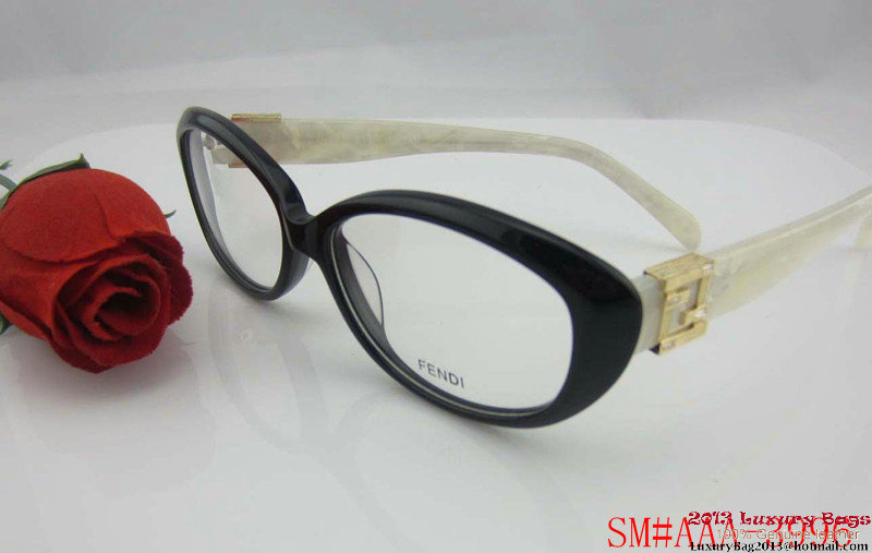Fendi Sunglasses FS028
