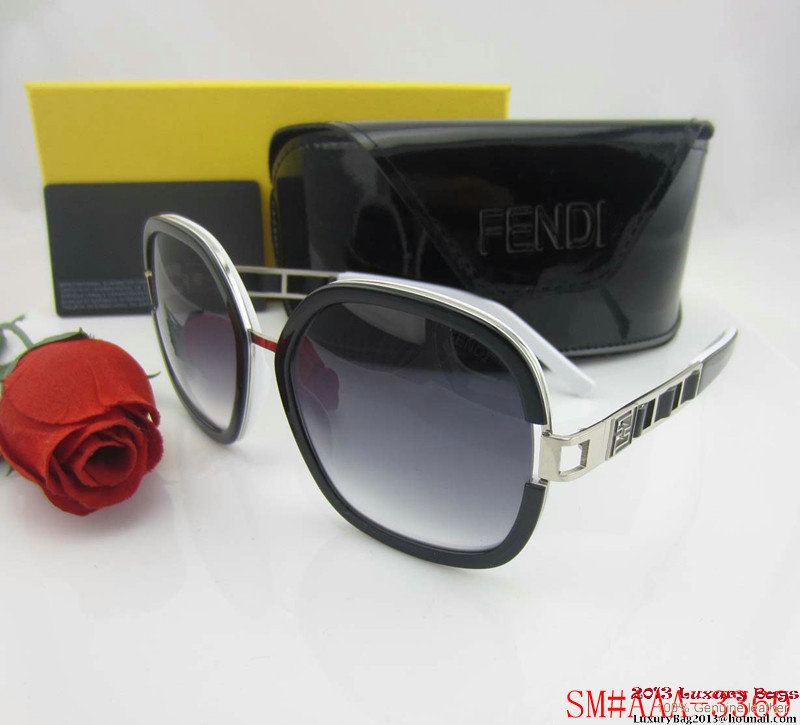 Fendi Sunglasses FS009