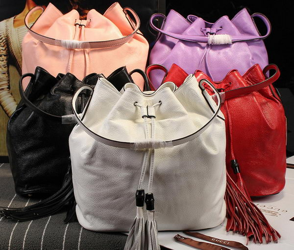 GUCCI GG Classic Bucket Bag Calfskin Leather 354472