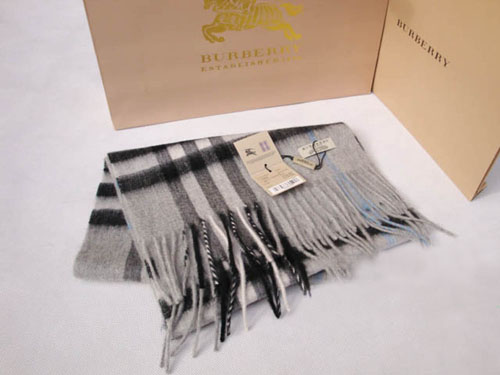 Burberry Cashmere Gray Giant Check Scarf
