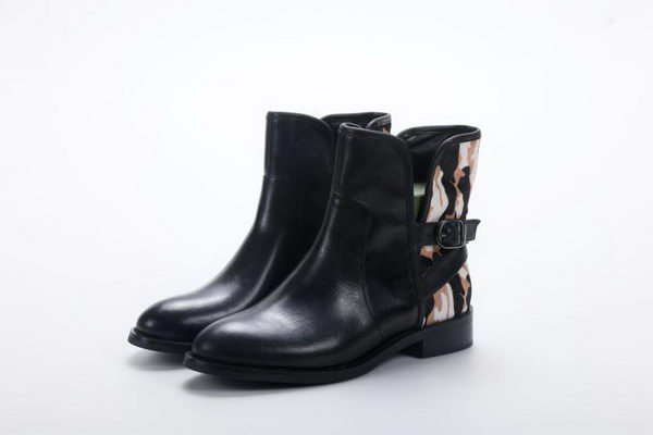 Alexander McQueen Sheepskin Leather Ankle Boot MCQ243 Black
