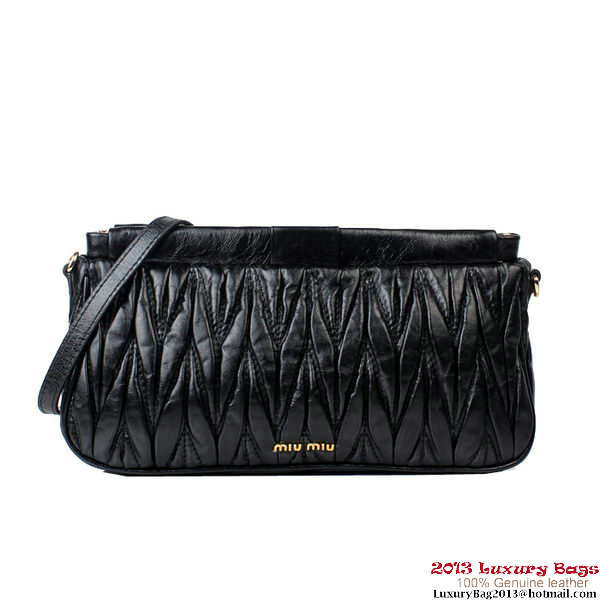 miu miu Matelasse Bright Leather Clutches 88081 Black