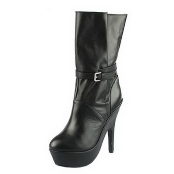 Yves Saint Laurent Sheepskin Leather Ankle Boots