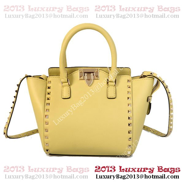 Valentino Garavani Rockstud mini Double Handle Bag VG1911 Light Yellow