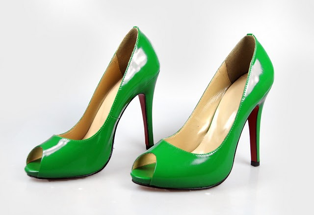 Christian Louboutin Red Sole Shoes Green Patent Leather Open Toe Pumps