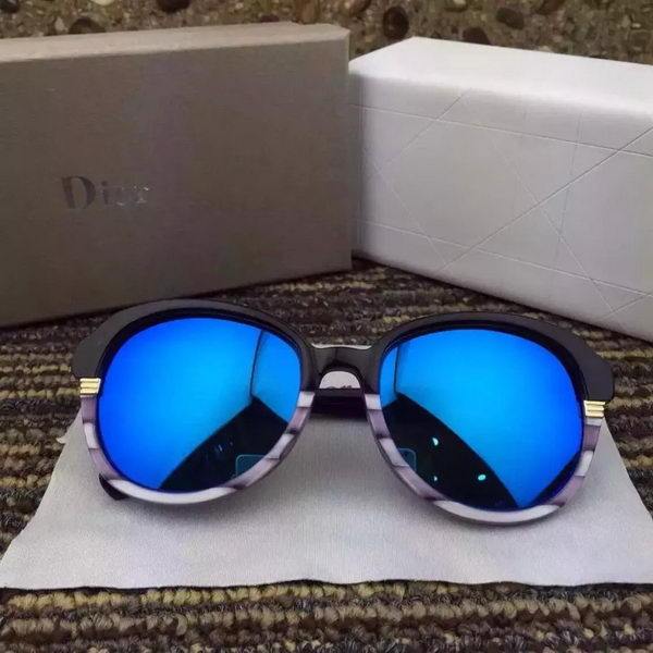 Dior Sunglasses DRS528022