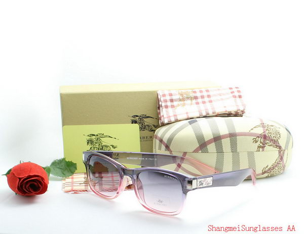 Burberry Sunglasses BU2215C