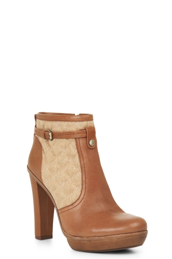BCBGMAXAZRIA KINGSTON QUILTED-INSET LEATHER BOOTIE