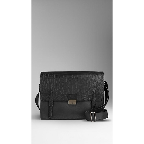 BURBERRY MEN'SSMALL ALLIGATOR DETAIL MESSENGER BAG BLACK