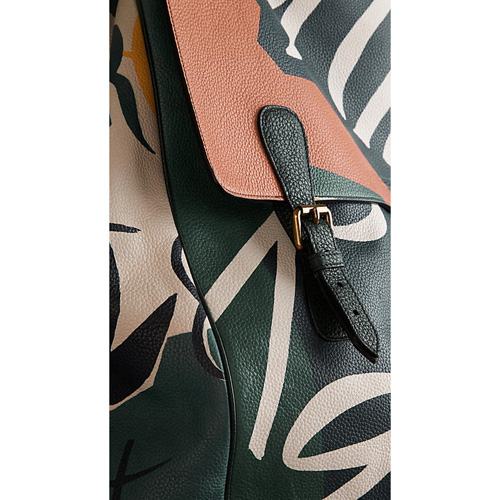 BURBERRY MEN\'STHE TRAVEL SATCHEL IN BOOK COVER PRINT LEATHER VINTAGE GREEN