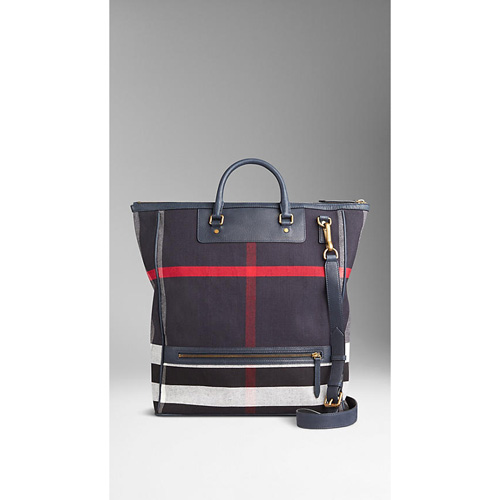 BURBERRY MEN'SLARGE CANVAS CHECK AND LEATHER TOTE BAG NAVY