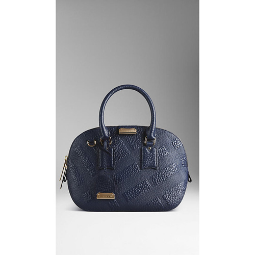 BURBERRY WOMEN'S THE SMALL ORCHARD IN EMBOSSED CHECK LEATHER BLUE CARBON