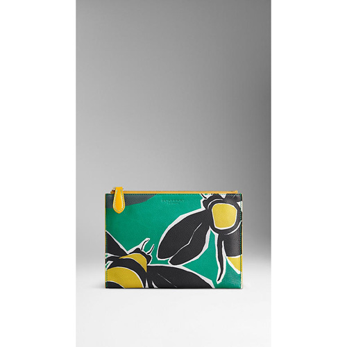 BURBERRY WOMEN'S LARGE INSECTS OF BRITAIN PRINT LEATHER BEAUTY WALLET MIST GREEN