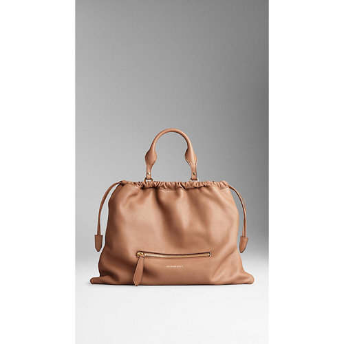 BURBERRY WOMEN'S THE BIG CRUSH IN LEATHER DARK SAND