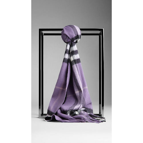 BURBERRY WOMEN'S CHECK CASHMERE SCARF PURPLE ASTER CHECK