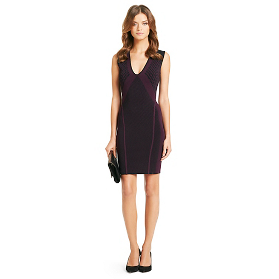 DVF Dreya Chainlink Printed Knit Bodycon Dress in dark plum/ black