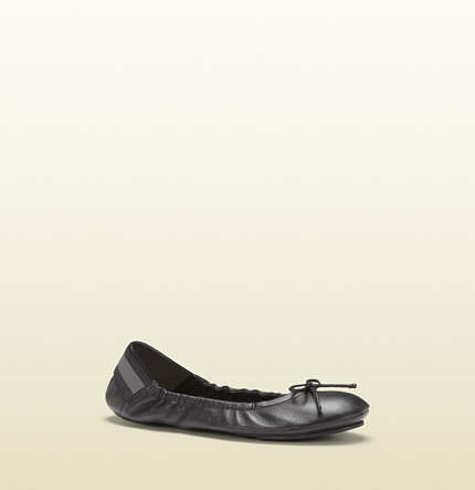 Gucci black leather ballet flat from viaggio collection