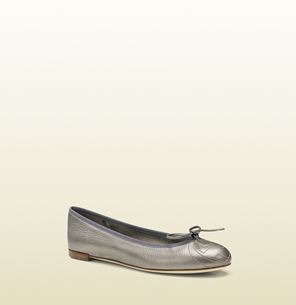 Gucci grey metallic leather ballet flat