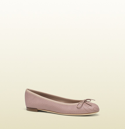 Gucci light pink leather ballet flat