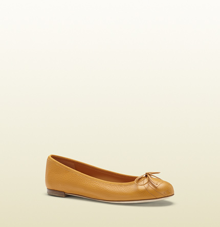 Gucci light sunflower leather ballet flat
