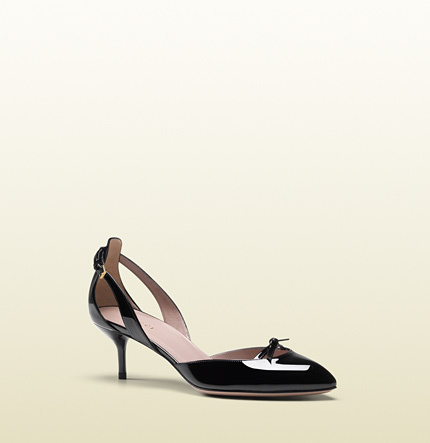 Gucci black patent leather mid-heel pump