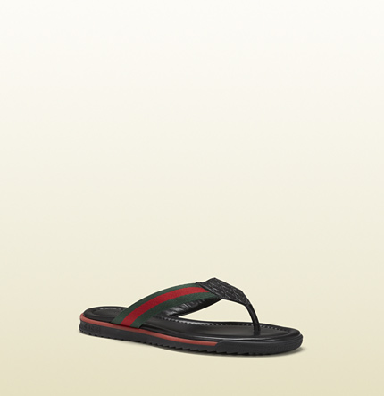 Gucci sl73 beach black leather thong sandal