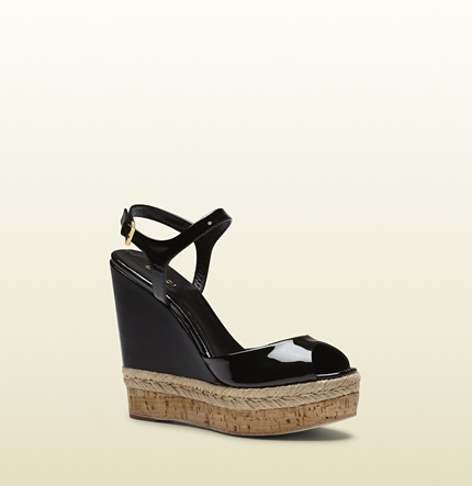 Gucci hollie patent leather wedge sandal