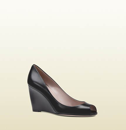 Gucci charlen leather mid-heel open-toe wedge
