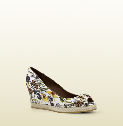 Gucci charlotte infinity flora canvas mid-heel wedge