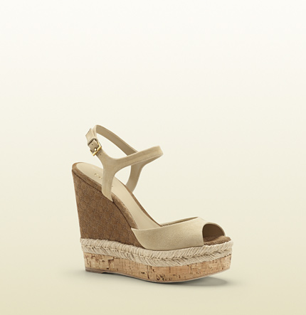Gucci hollie suede wedge sandal