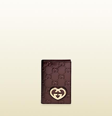 Gucci heart-shaped interlocking G mini id wallet