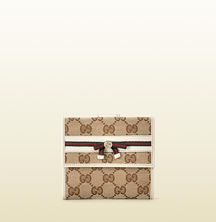 Gucci bow detail flap french wallet