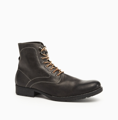 Kenneth Cole Collection Special In-Vite Boot BLACK