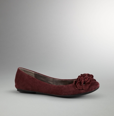 Kenneth Cole Reaction Slip Sliding Flat OXBLOOD