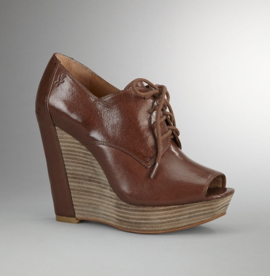 Kenneth Cole New York Sweet Creme Heel BROWN