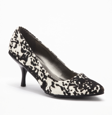Kenneth Cole Reaction Hill Top Pump DALMATION