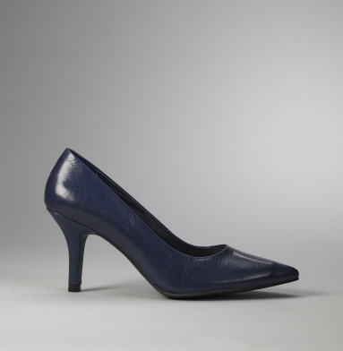 Kenneth Cole Reaction Quick Snap Pump NAVY
