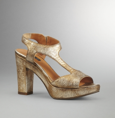 Kenneth Cole Collection Class N Sass Sandal BRONZE