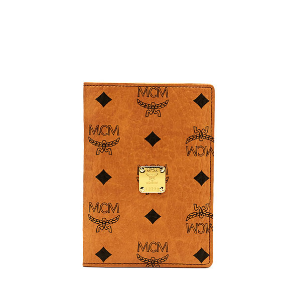 MCM TRAVEL Heritage Line HERITAGE PASSPORT HOLDER Cognac