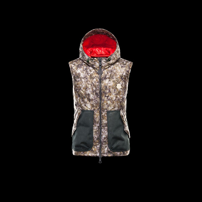 MONCLER MEN R GREENSAND MILITARY GREEN